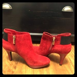 Red Dressy Bandolino suede booties heels 6 1/2